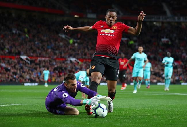 Bàn thắng đầu tiên tại Ngoại hạng Anh mùa này của Martial khiến Man Utd tốn hơn 200 tỷ đồng - Ảnh 5.