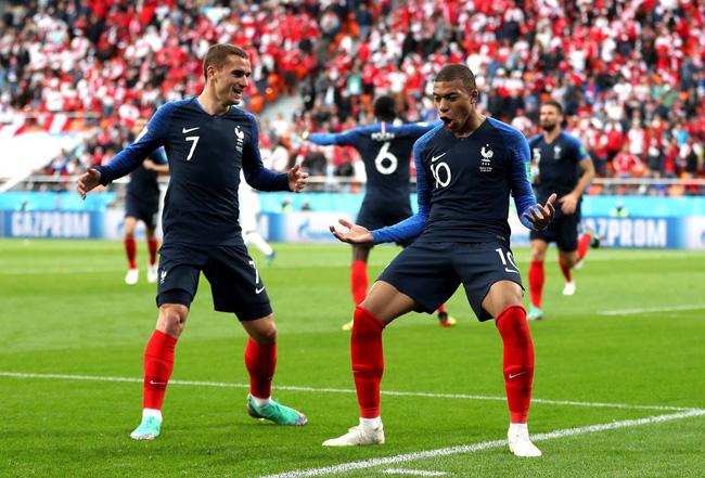 Chơi trận thứ 25 cho ĐT Pháp, Mbappe có xuất sắc hơn Henry, Platini, Trezeguet và Papin? - Ảnh 1.