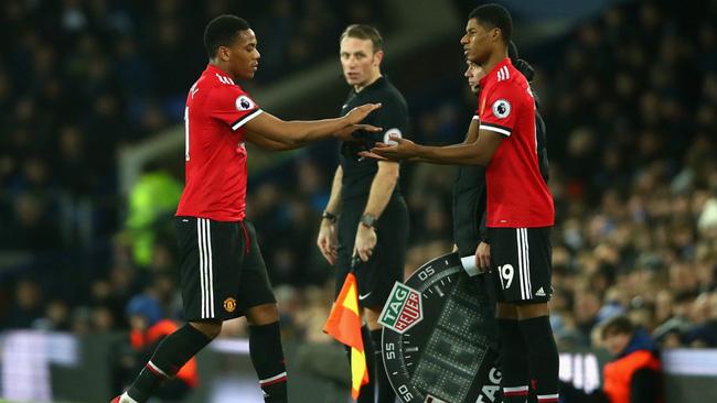 5 vấn đề của Man Utd cần HLV Jose Mourinho xử lý trước đại chiến với Chelsea - Ảnh 9.