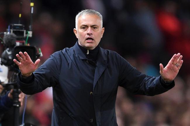 5 vấn đề của Man Utd cần HLV Jose Mourinho xử lý trước đại chiến với Chelsea - Ảnh 2.