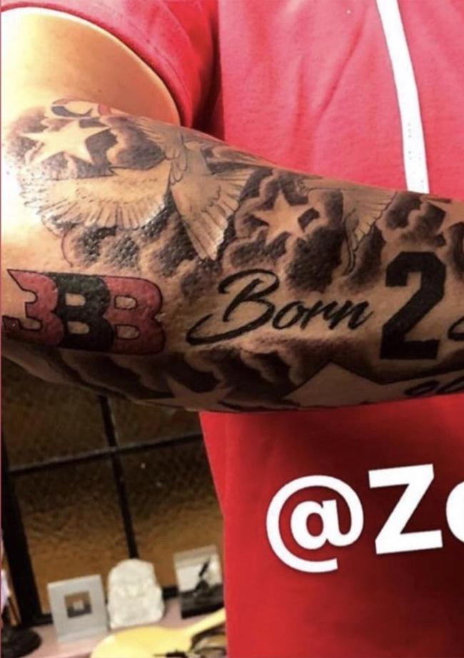 Quảng cáo trá hình trên thân thể, Lonzo Ball suýt bị NBA tuýt còi - Ảnh 1.