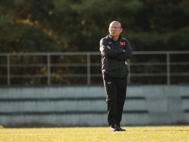 HLV Park Hang Seo bỗng mất vị trí số 1 ở AFF Cup 2018. - Ảnh 5.
