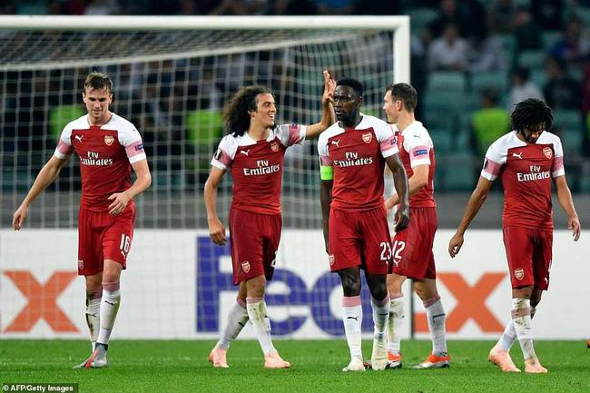 Vì học trò, HLV Emery phá bỏ truyền thống của Wenger tại Europa League - Ảnh 1.