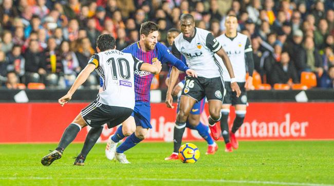 Vua ghi bàn Mestalla sẽ giúp Barcelona giành trọn 3 điểm?  - Ảnh 1.