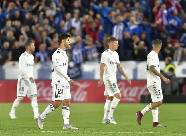 Real Madrid còn 87 phút để né kỷ lục tệ hại nhất lịch sử  - Ảnh 1.