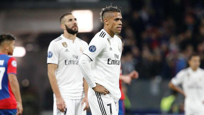 Real Madrid còn 87 phút để né kỷ lục tệ hại nhất lịch sử  - Ảnh 5.