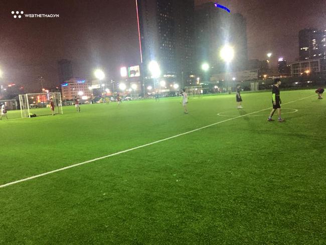 Địa chỉ và giá thuê các sân bóng ở Quận Thanh Xuân, Hà Nội (quanh khu Lê Văn Lương, Khuất Duy Tiến) - Ảnh 3.