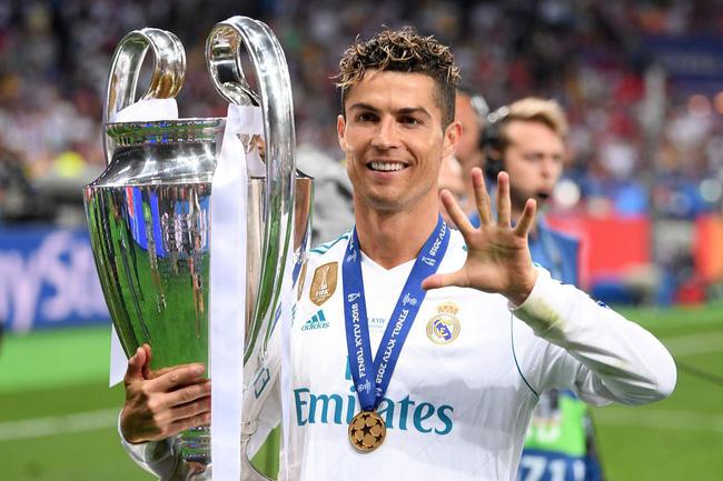 Ronaldo đã phế truất ngôi Vương của Messi ở Champions League như thế nào? - Ảnh 1.