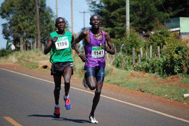 Vô danh đại hiệp phá KLTG half marathon từng bị Chicago Marathon chê - Ảnh 1.