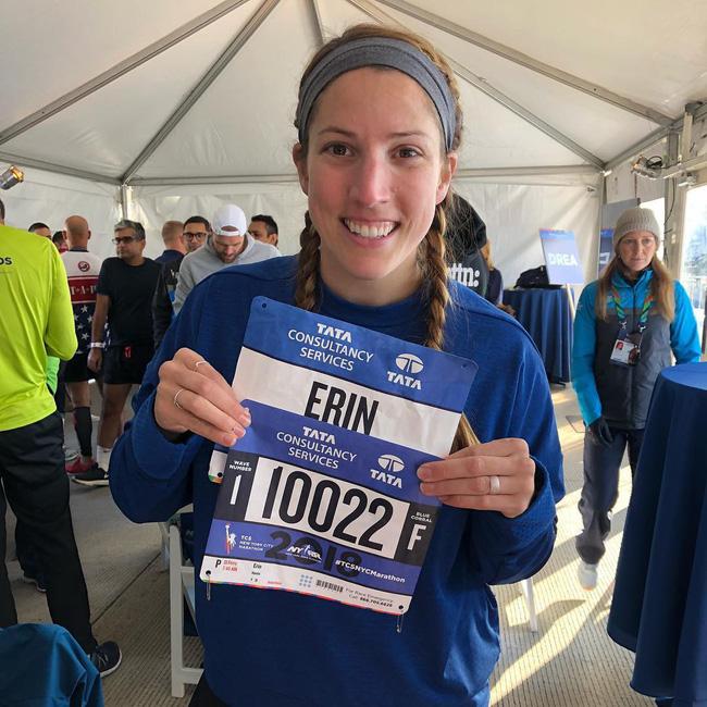 New York City Marathon: Đầu bếp, diễn viên nổi tiếng chạy nhanh không kém VĐV chuyên nghiệp - Ảnh 11.