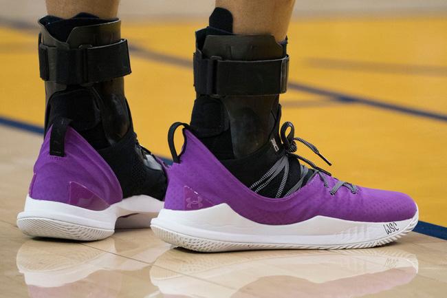 Top những mẫu giày bóng rổ đỉnh nhất tuần 3 NBA: Khi vua giày PJ Tucker mang chất thời trang lên sàn gỗ - Ảnh 9.