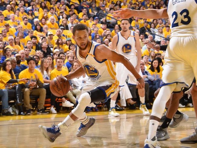 Các cầu thủ hiện tại hầu như không được huấn luyện để chơi phòng ngự ở NBA? - Ảnh 2.