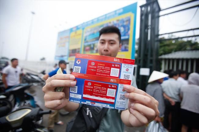 4 cách để mua được vé xem trận Việt Nam - Malaysia trên sân Mỹ Đình - Ảnh 2.