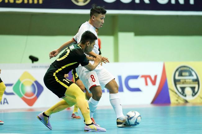 Futsal Việt Nam lại ngậm trái đắng trước Malaysia ở bán kết - Ảnh 4.