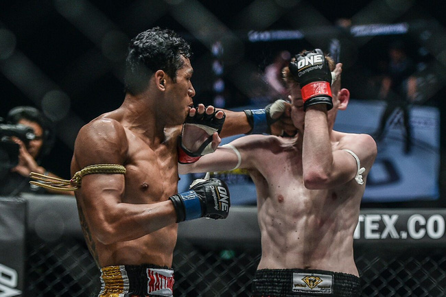 TRỰC TIẾP ONE Championship: Heart of The Lion - Ảnh 13.