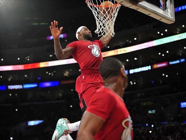 5 điều thú vị về màn trình diễn của các siêu sao NBA trong ngày Giáng Sinh - Ảnh 5.