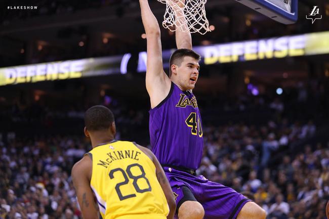 LeBron James muốn LA Lakers phải có thói quen như Golden State Warriors - Ảnh 3.