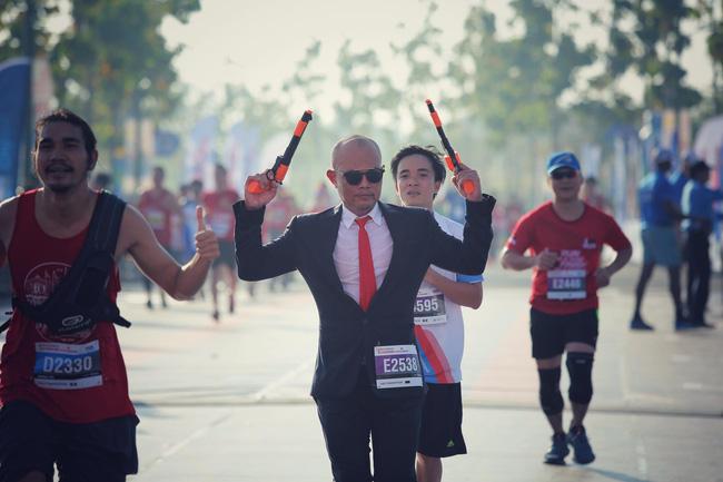 Cosplay chạy giải marathon ở Sài Gòn: Từ Ninja Lead đến Hoa hướng dương tặng bệnh nhi ung thư - Ảnh 3.