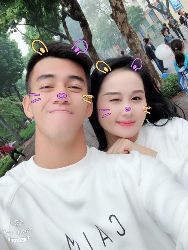 Tâm thư đẫm nước mắt của bạn gái cầu thủ Tiến Linh khi ĐT Việt Nam vào chung kết AFF Cup 2018 - Ảnh 2.