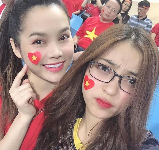 Tâm thư đẫm nước mắt của bạn gái cầu thủ Tiến Linh khi ĐT Việt Nam vào chung kết AFF Cup 2018 - Ảnh 3.