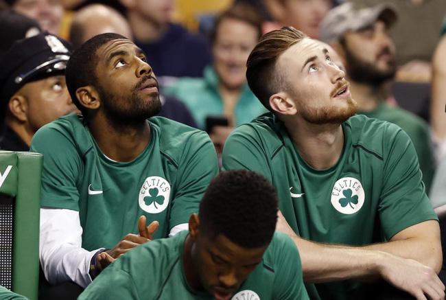 Kyrie Irving và Gordon Hayward sẽ trở lại trong tháng tới, Miền Đông NBA hãy sẵn sàng đón bão - Ảnh 1.