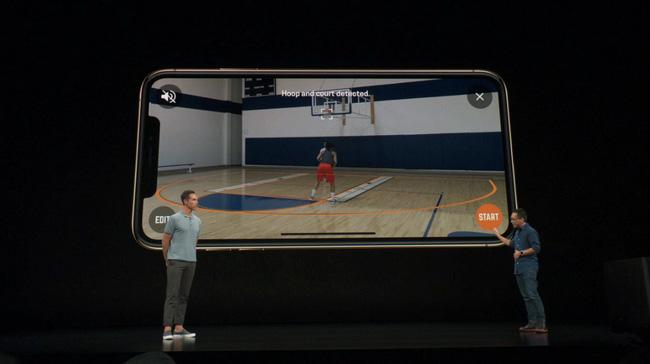 Công nghệ cực đỉnh trên iPhone mới ra mắt sẽ giúp dân bóng rổ xách bóp đi mua ngay - Ảnh 1.