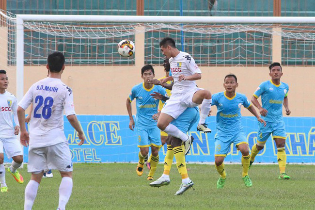 Trực tiếp V.League 2018 vòng 22: Sanna Khánh Hòa BVN - Hà Nội FC - Ảnh 1.