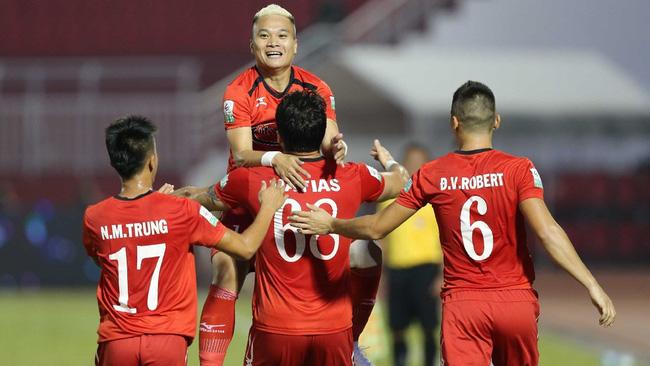 Tổng kết V.League 2018 (kỳ 2): Thành Nam, Kinh Kỳ mở hội, nhạt nhoà bóng đá TPHCM - Ảnh 6.