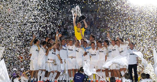 HLV Lopetegui đi đúng hành trình Mourinho và Zidane từng giúp Real vô địch La Liga - Ảnh 1.
