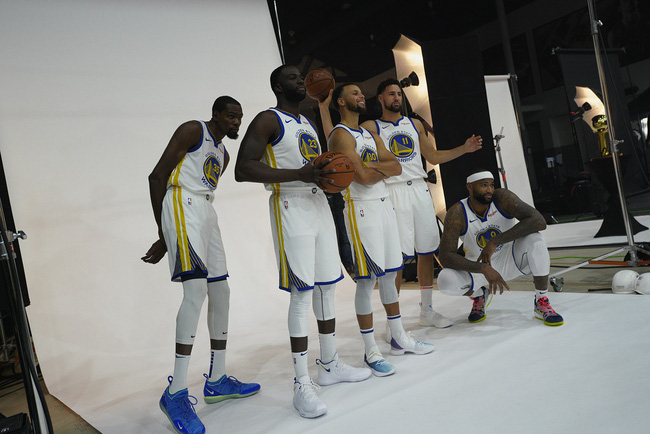 Bộ ảnh NBA Media Day: Người cũ, đội mới và một mùa giải NBA đầy hấp dẫn - Ảnh 30.