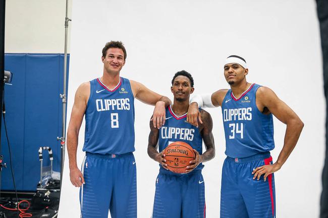 Bộ ảnh NBA Media Day: Người cũ, đội mới và một mùa giải NBA đầy hấp dẫn - Ảnh 4.
