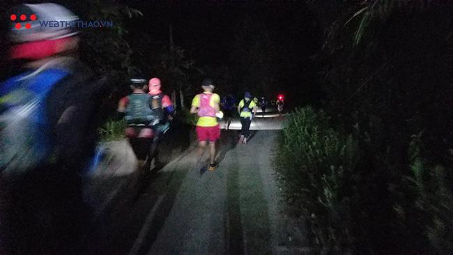 24 tiếng trải nghiệm sống sót 100km vượt núi rừng tại Vietnam Mountain Marathon 2018  - Ảnh 8.