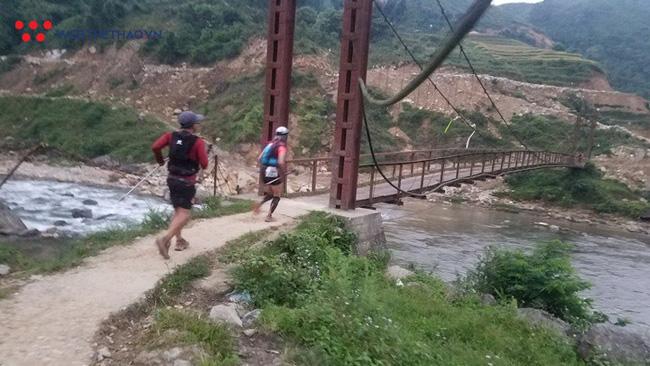 24 tiếng trải nghiệm sống sót 100km vượt núi rừng tại Vietnam Mountain Marathon 2018  - Ảnh 17.