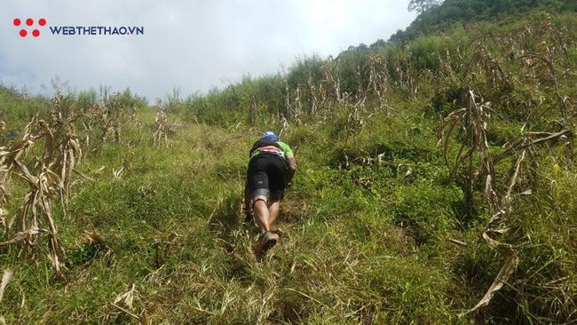 24 tiếng trải nghiệm sống sót 100km vượt núi rừng tại Vietnam Mountain Marathon 2018  - Ảnh 34.