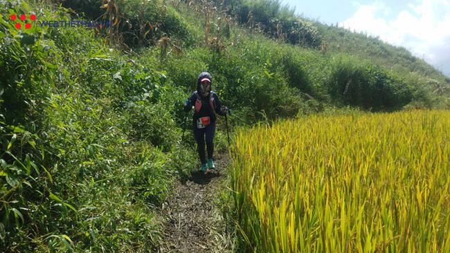 24 tiếng trải nghiệm sống sót 100km vượt núi rừng tại Vietnam Mountain Marathon 2018  - Ảnh 35.