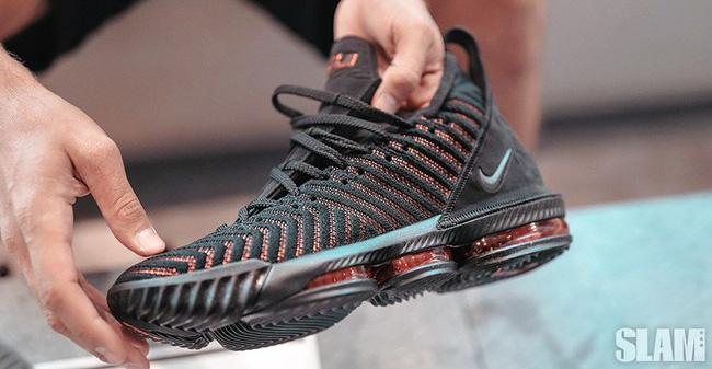 Cận cảnh và chi tiết về Nike LeBron 16, mẫu giày thửa mới nhất của King James - Ảnh 5.