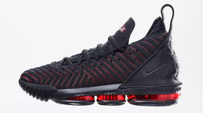 Cận cảnh và chi tiết về Nike LeBron 16, mẫu giày thửa mới nhất của King James - Ảnh 1.