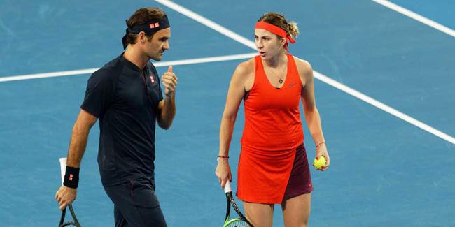 Roger Federer đánh bại Serena Williams trong trận đấu lịch sử