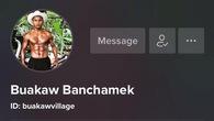 Thánh Muay Buakaw Banchamek cũng... sống ảo trên Tiktok