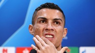 """Hy vọng cho Man Utd khi Ronaldo cứ gặp Mourinho là """"tắt điện"""""""