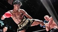 """Bản lĩnh """"thánh Muay"""" Buakaw trên sàn MMA như thế nào?"""
