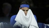 """Thua trắng """"ngựa ô"""" 21 tuổi, Federer gác lại giấc mơ giành danh hiệu thứ 100"""
