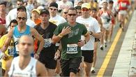 Cua-rơ gây tranh cãi Lance Armstrong tái xuất trên đường đua... marathon