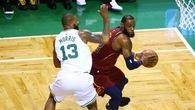 Khoá chặt được LeBron, Morris giúp Celtics thắng đậm Cavaliers 25 điểm