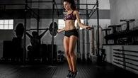 Tập nhảy dây giúp điều chỉnh tư thế chạy bộ