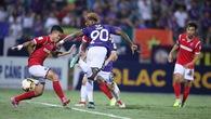 Video: 7 tình huống cực dị tại vòng 13 V.League 2018