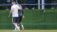 Nhăn nhó rời buổi tập, liệu Neymar có còn cơ hội tại World Cup 2018?