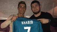 Cristiano Ronaldo và Khabib Nurmagomedov đã trở thành bạn bè như thế nào?