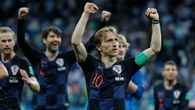 """""""Cứ chơi như này, Modric sẽ vượt cả Ronaldo lẫn Messi giành Quả bóng vàng World Cup""""!"""