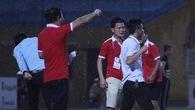 HLV Văn Sỹ như bật khóc, suýt khiến đội mạnh nhất V.League ôm hận trên sân nhà